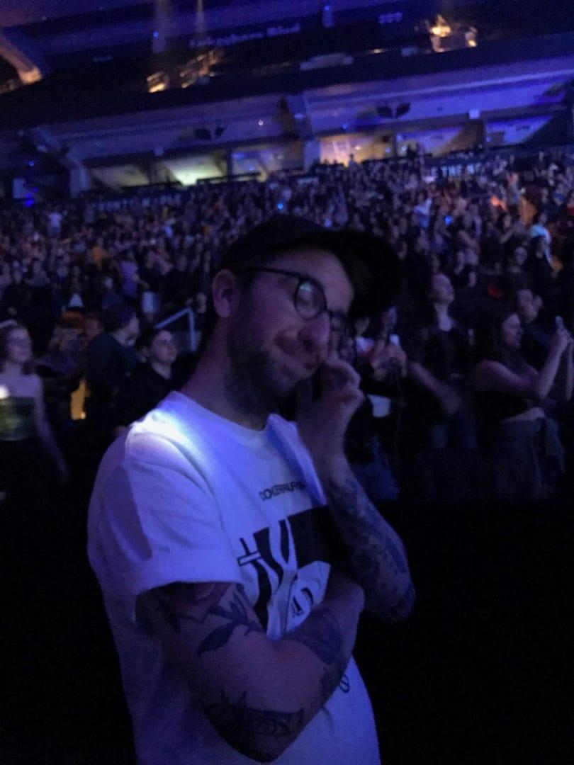 Aaron quietly weeping at Halsey HFK Tour Toronto
