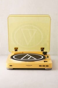 Audio Technica LP60 yellow